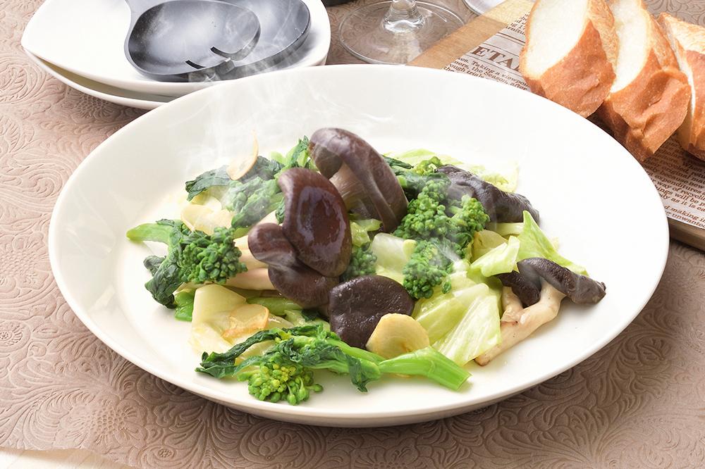 霜降りひらたけと春野菜のガーリックソテー